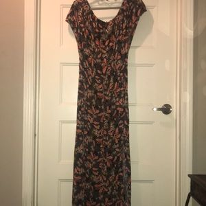 Maxi printed dress with slits on both sides